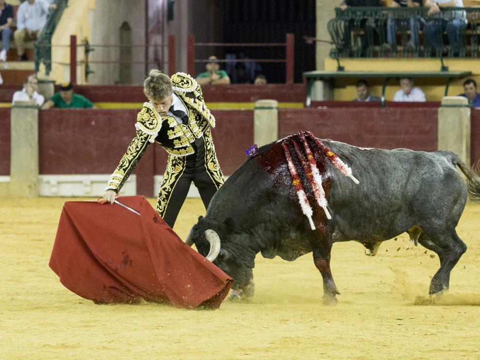 Manuel Escribano, en la plaza de toros de Zaragoza, durante la pasada preferia.