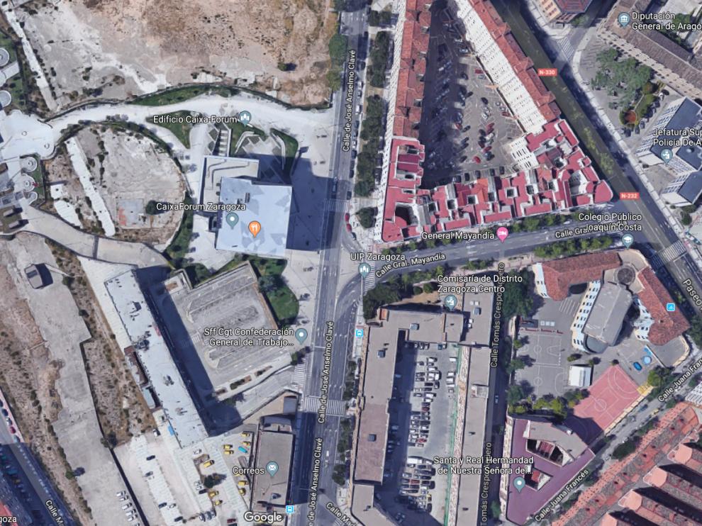 El primero de los accidentes ha tenido lugar en la calle de Anselmo Clavé, junto al CaixaForum.