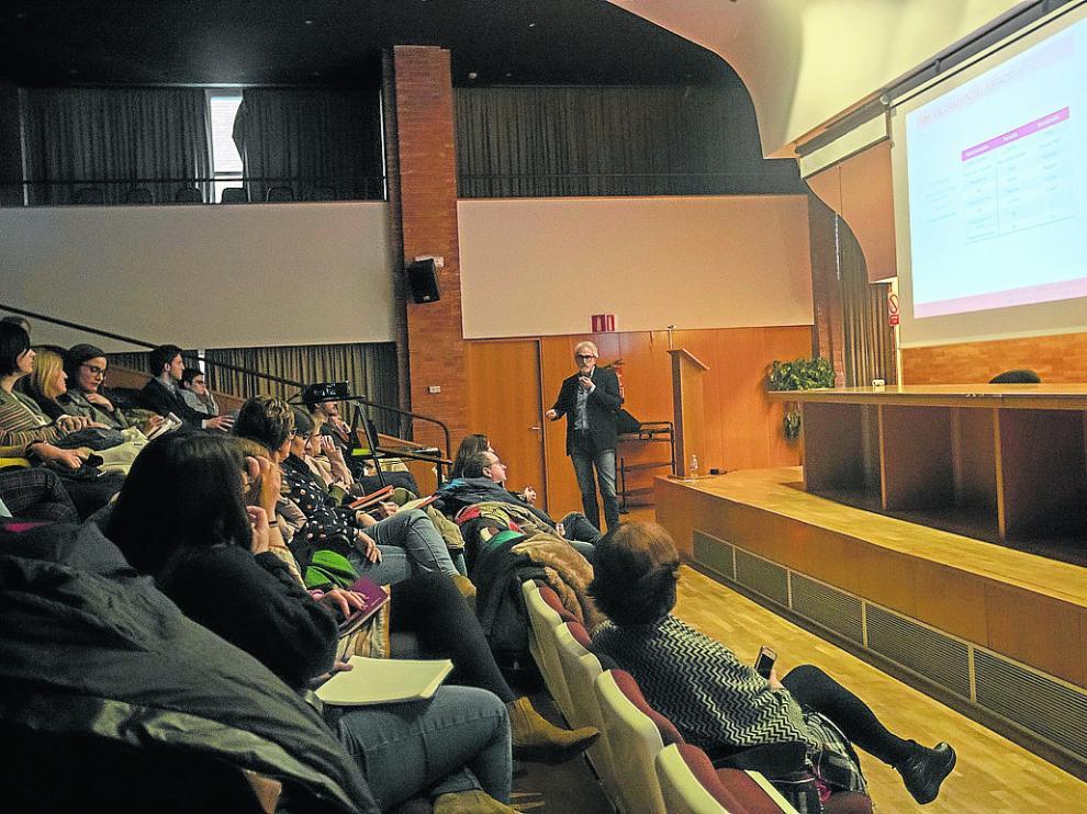 Una de las sesiones de las jornadas de actualización en cáncer de mama celebradas ayer en Teruel