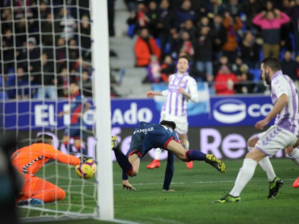 Partido de la SD Huesca contra el Real Valladolid