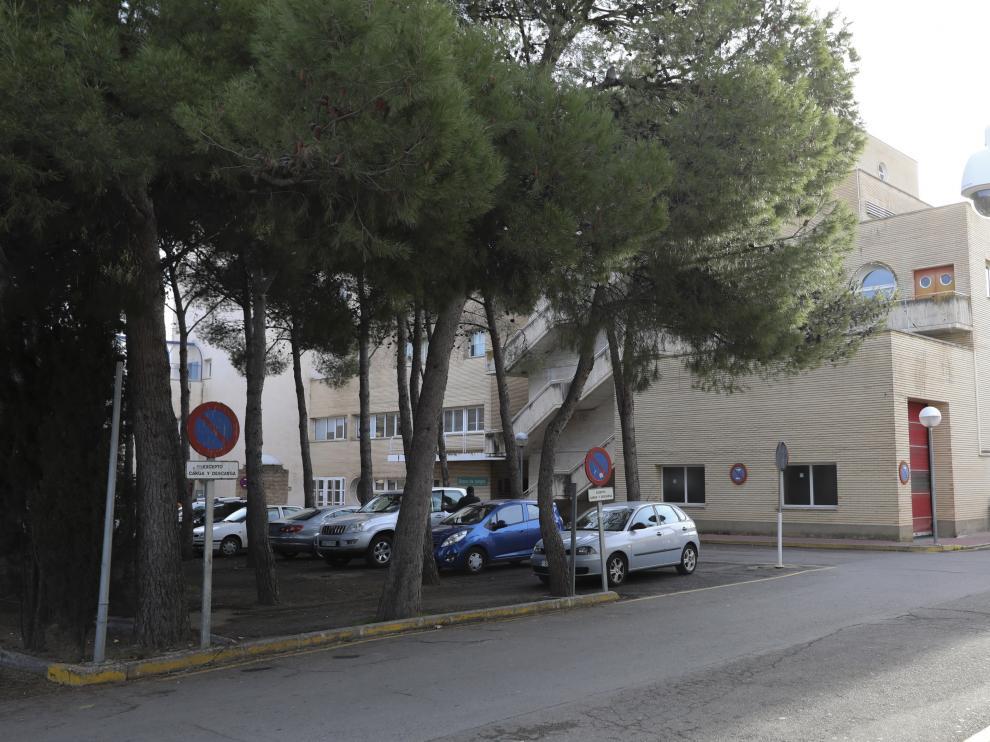El nuevo edificio se levantará en la zona de parquin con árboles que hay junto a las actuales instalaciones de Urgencias