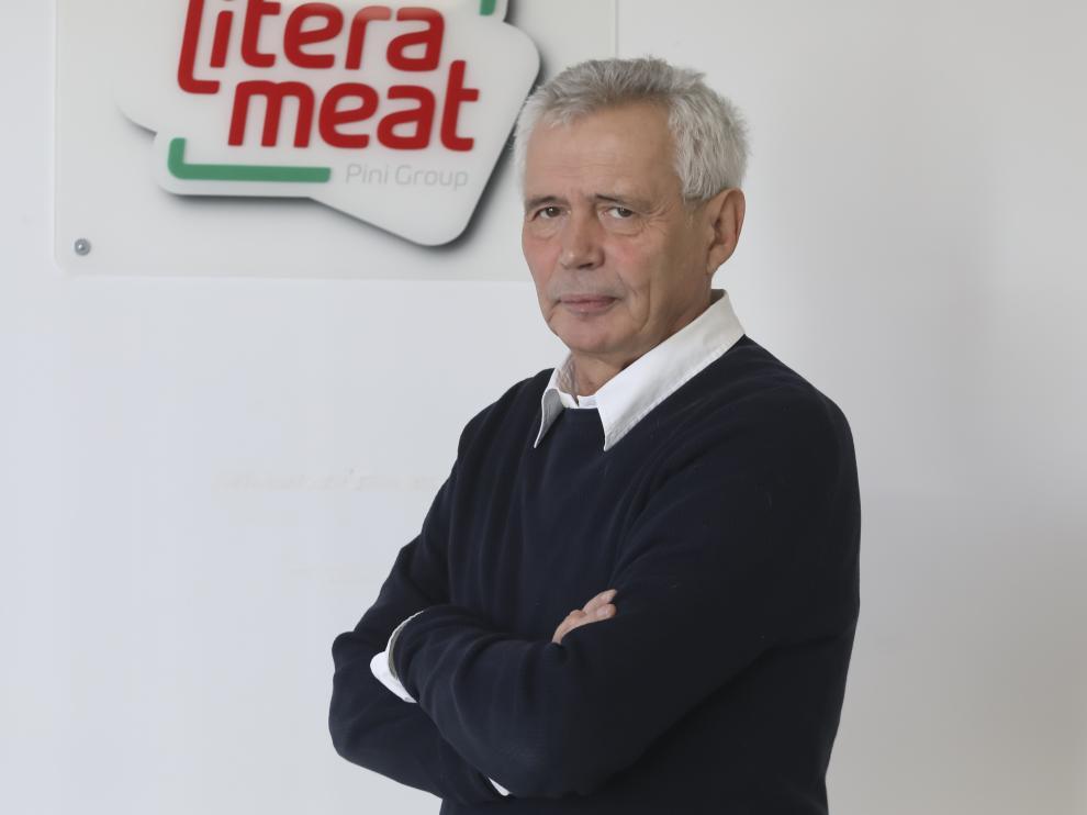 Piero Pini, en las oficinas de Litera Meat, situadas a pie de obra.