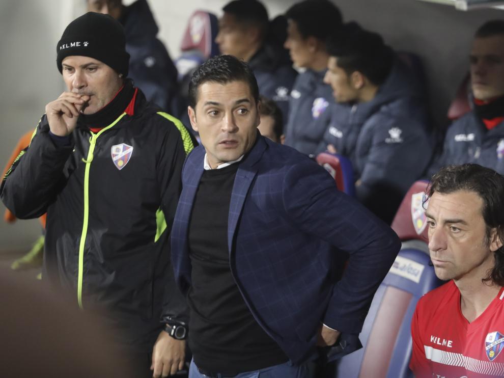 Francisco, en el banquillo de El Alcoraz durante el partido con el Valladolid.