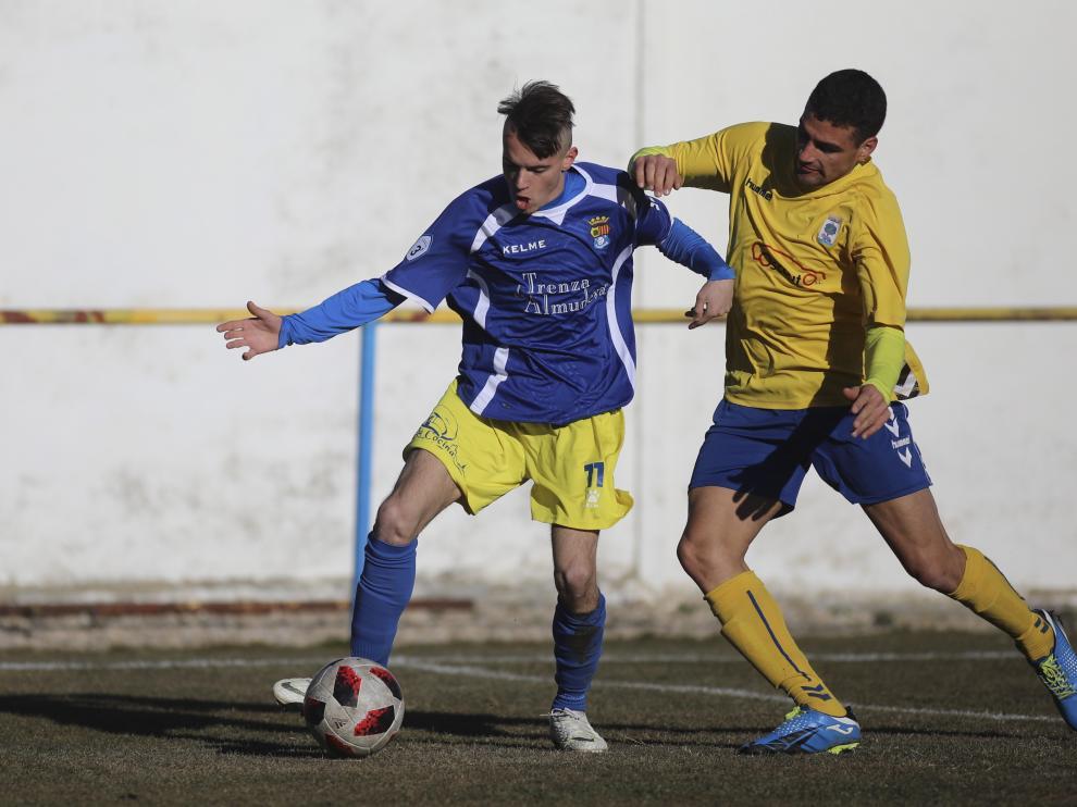 Fútbol. Tercera División- Robres vs. Almudévar.