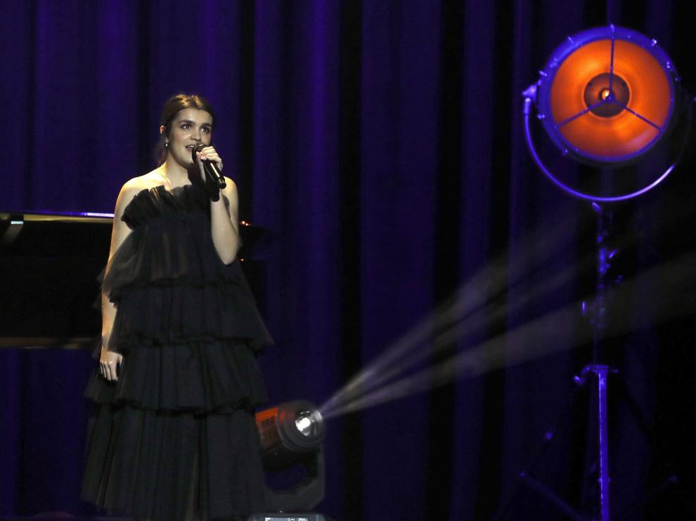 Amaia, durante su actuación en la gala de los Goya.