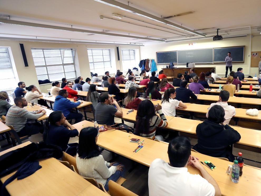 Un examen del MIR celebrado este sábado en Madrid.