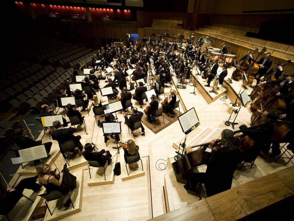 La Filarmónica de Londres es una de las orquestas internacionales más célebres, distinguidas y vanguardistas del mundo.