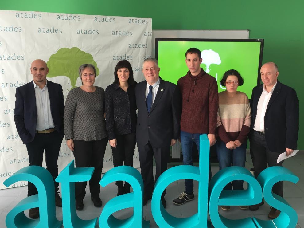Atades ha inaugurado este viernes su sede en el número 8 de la calle Pablo Neruda de Zaragoza.