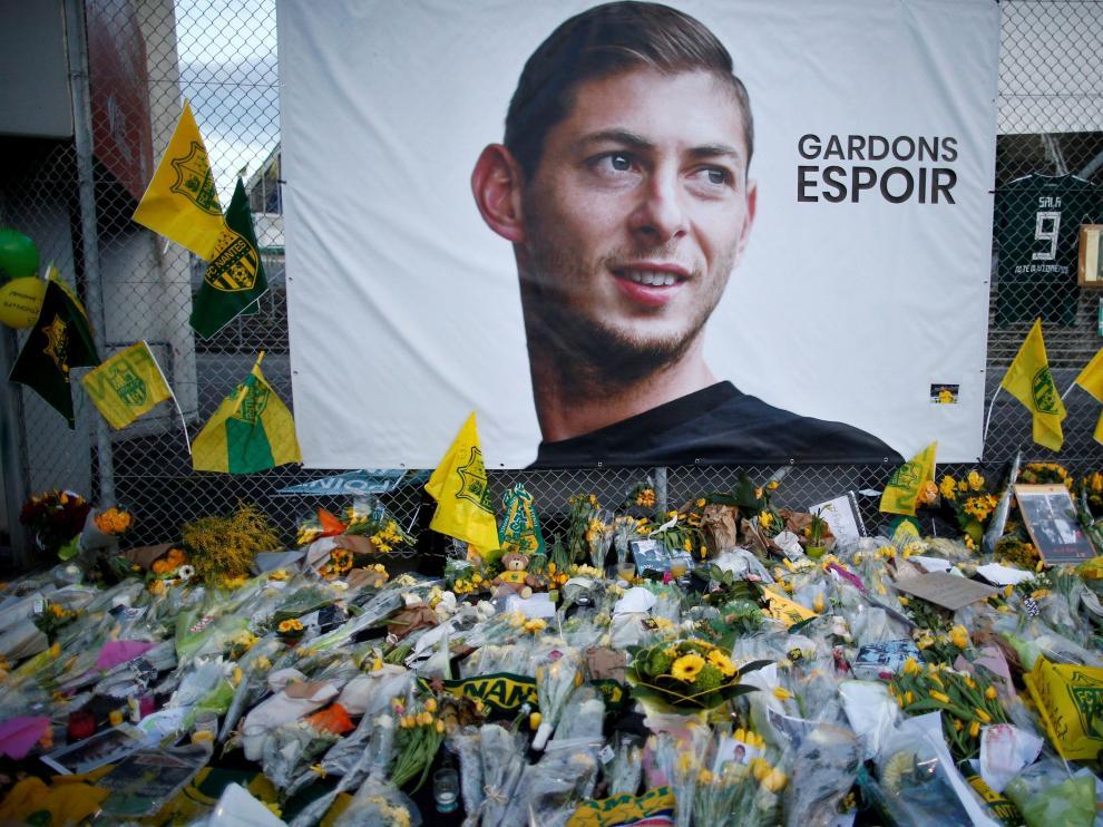 Homenaje al futbolista fallecido, Emiliano Sala.