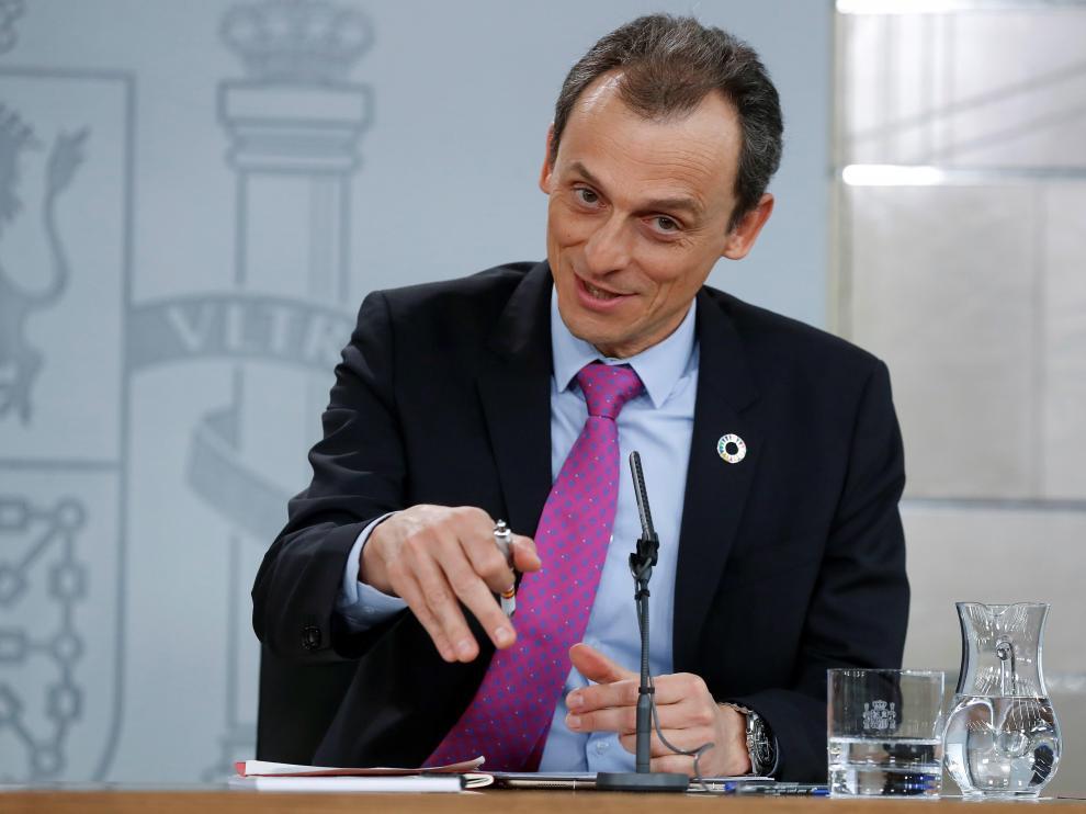 El ministro de Ciencia y Universidades, Pedro Duque, en la rueda de prensa posterior al Consejo de Ministros.