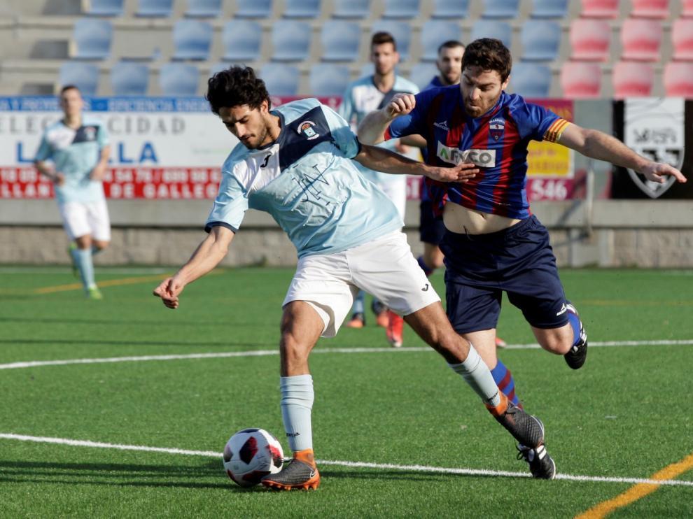 Fútbol. Tercera División- Villanueva vs. Brea.