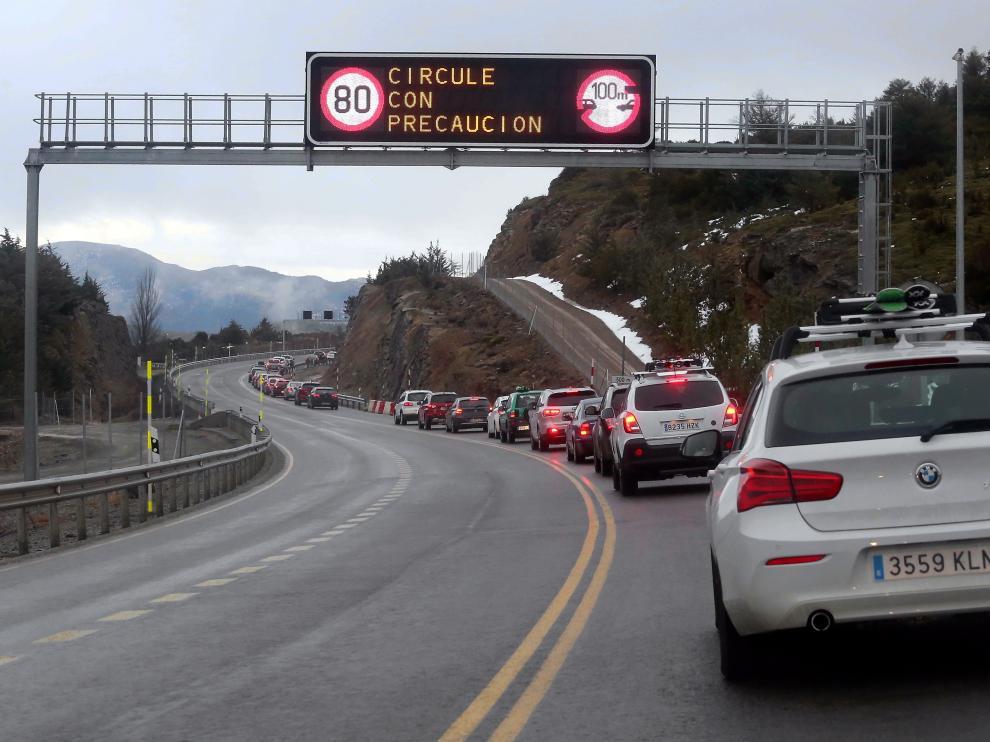 Los conductores se han tenido que armar de paciencia para atravesar Monrepós