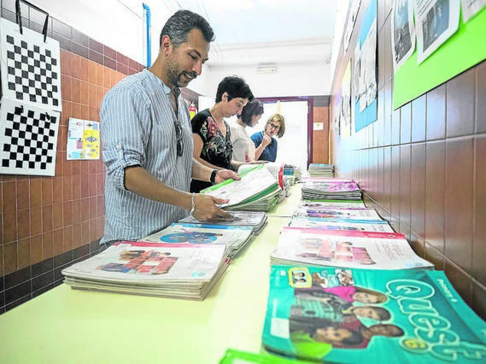 Imagen de archivo del banco de libros del colegio Puerta Sancho.