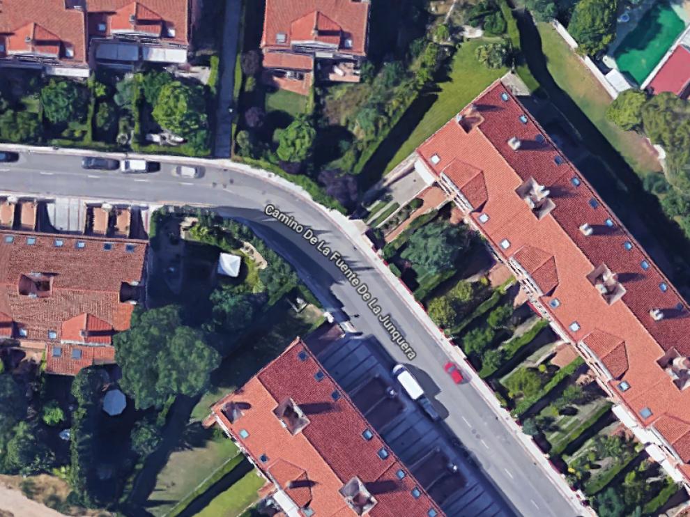 El accidente ocurrió a la altura del número 24 del camino de la Junquera