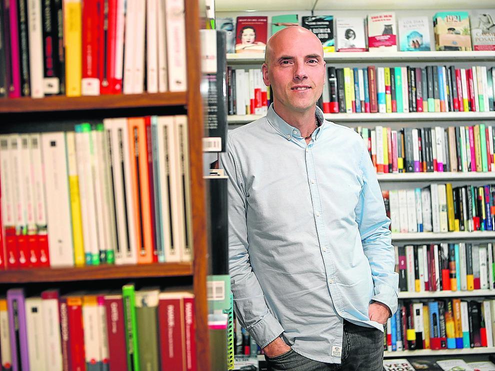El presidente de los libreros, Óscar Martín, ayer, en la Librería Siglo XXI.