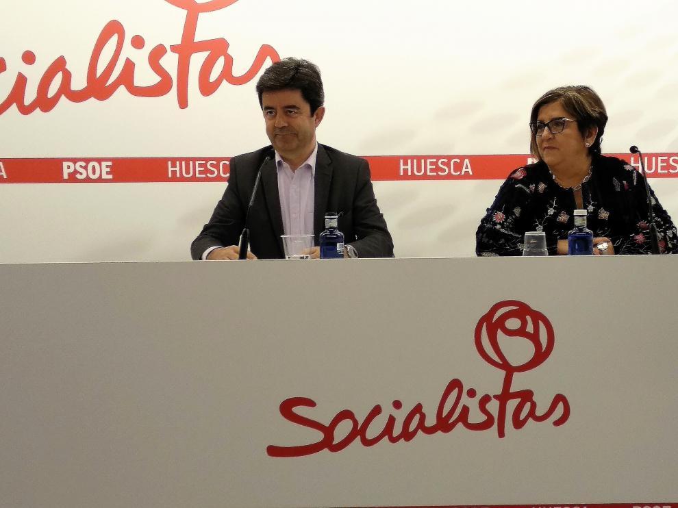 Luis Felipe y Elisa Sancho durante la rueda de prensa ofrecida este martes 12 de febrero.