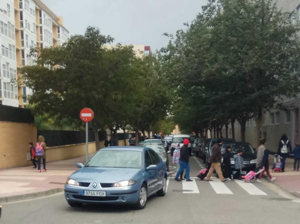 Vecinos de Parque Goya reclaman bandas de reducción de velocidad en varias calles