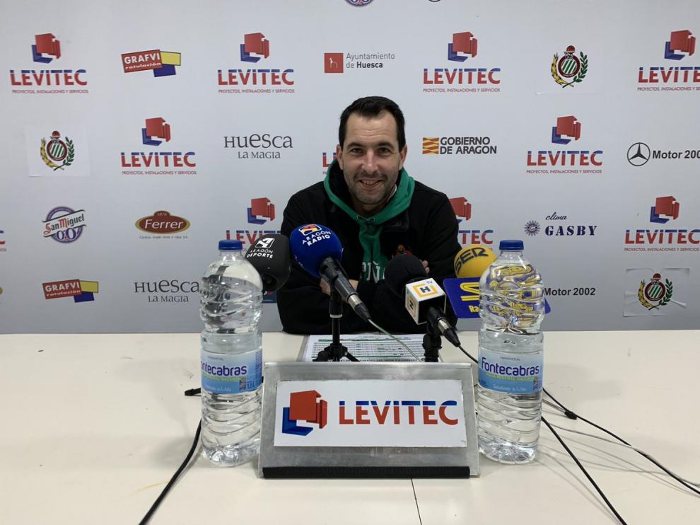 Guillermo Arenas, técnico del Levitec Huesca.