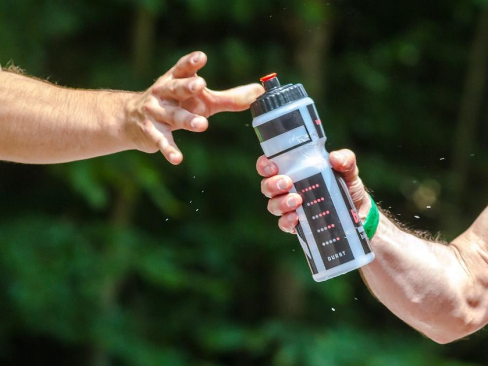 La cerveza nunca se debe sustituir por una bebida isotónica o por agua después de realizar ejercicio físico.
