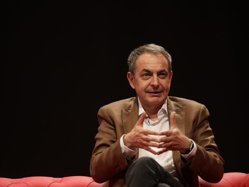 Zapatero durante el acto de este domingo.
