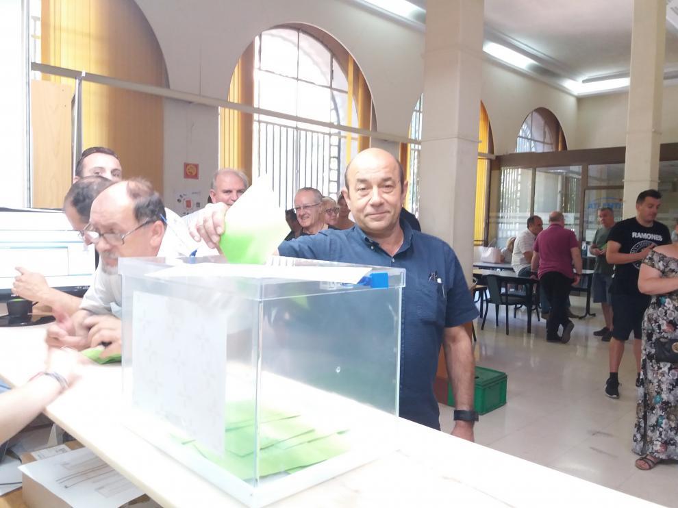 Daniel Alastuey en una votación el pasado año