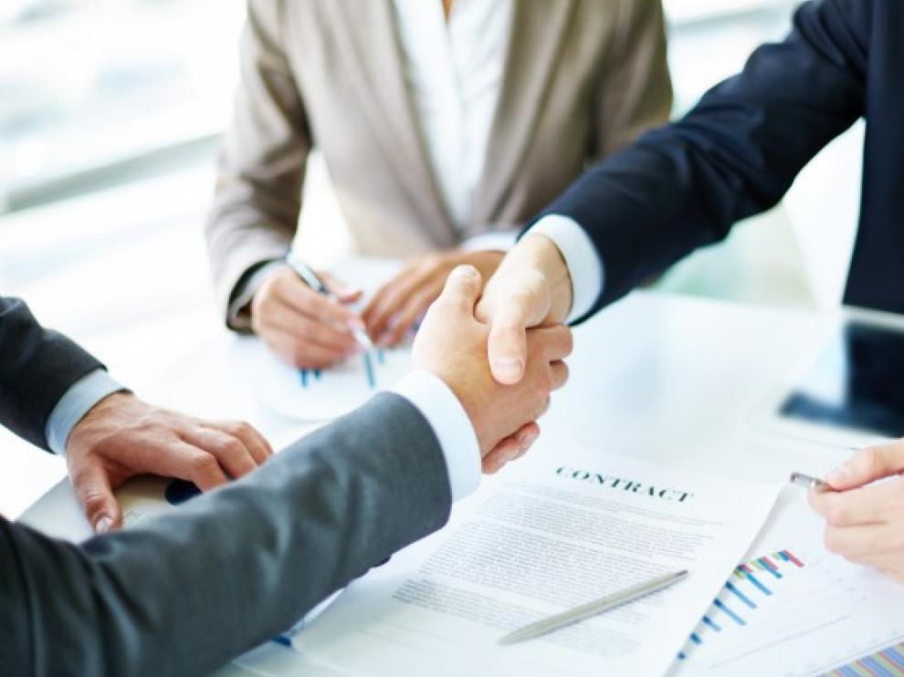 Su función es conectar la oferta y la demanda de empleo, teniendo en cuenta sobre todo a los grupos con mayores dificultades de empleabilidad.