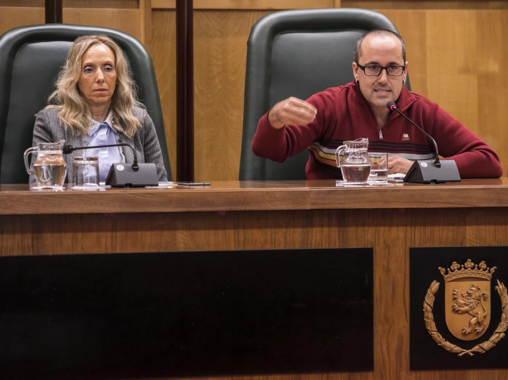 Alberto Cubero, en una comisión de Servicios Públicos del Ayuntamiento de Zaragoza.