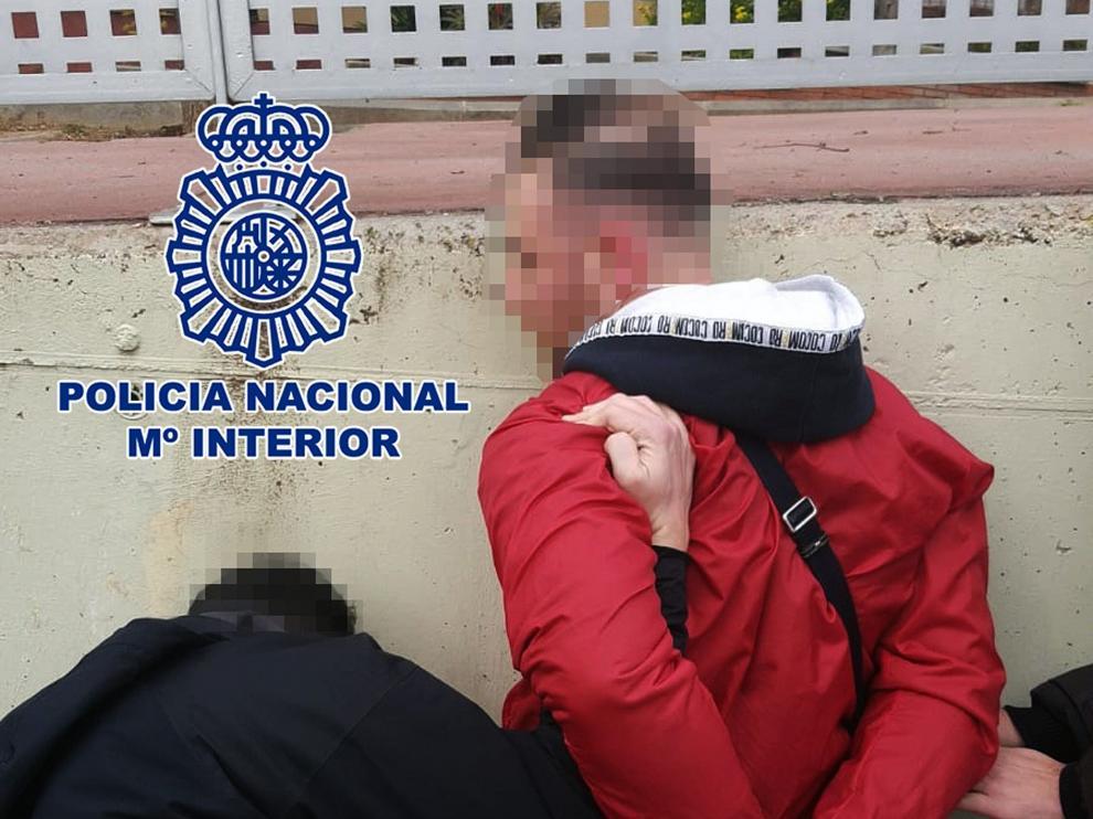 Momento de la detención del fugitivo italiano en Sabadell