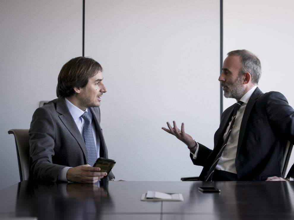 Rafael Zapatero y Daniel Chóliz, abogados de Deloitte en Zaragoza