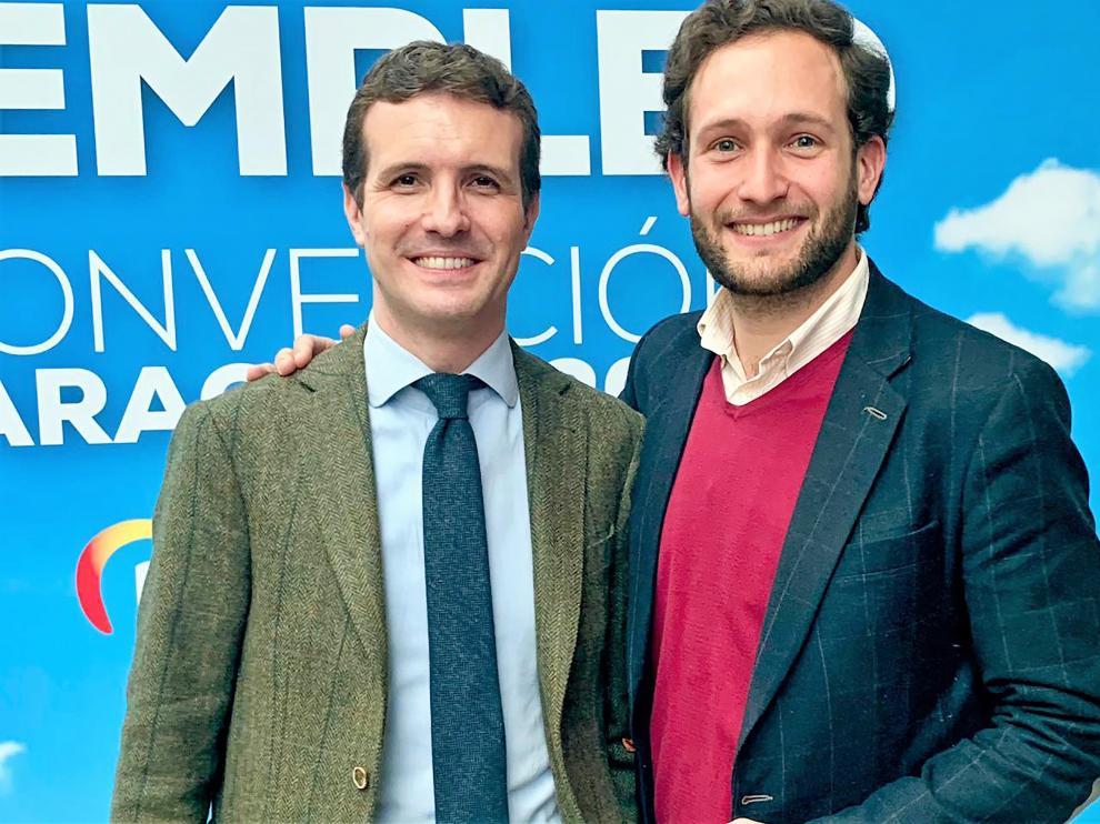 Isaac Claver junto al presidente nacional del PP, Pablo Casado.