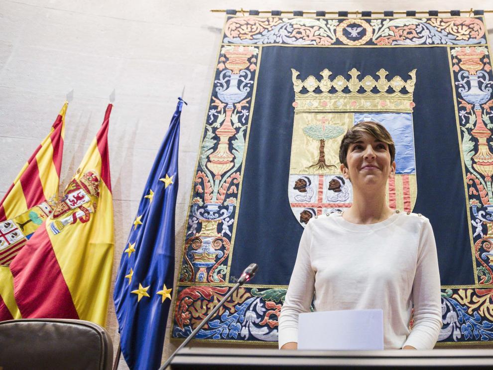 Toma de posesión de Violeta Barba como presidenta de las Cortes de Aragón.