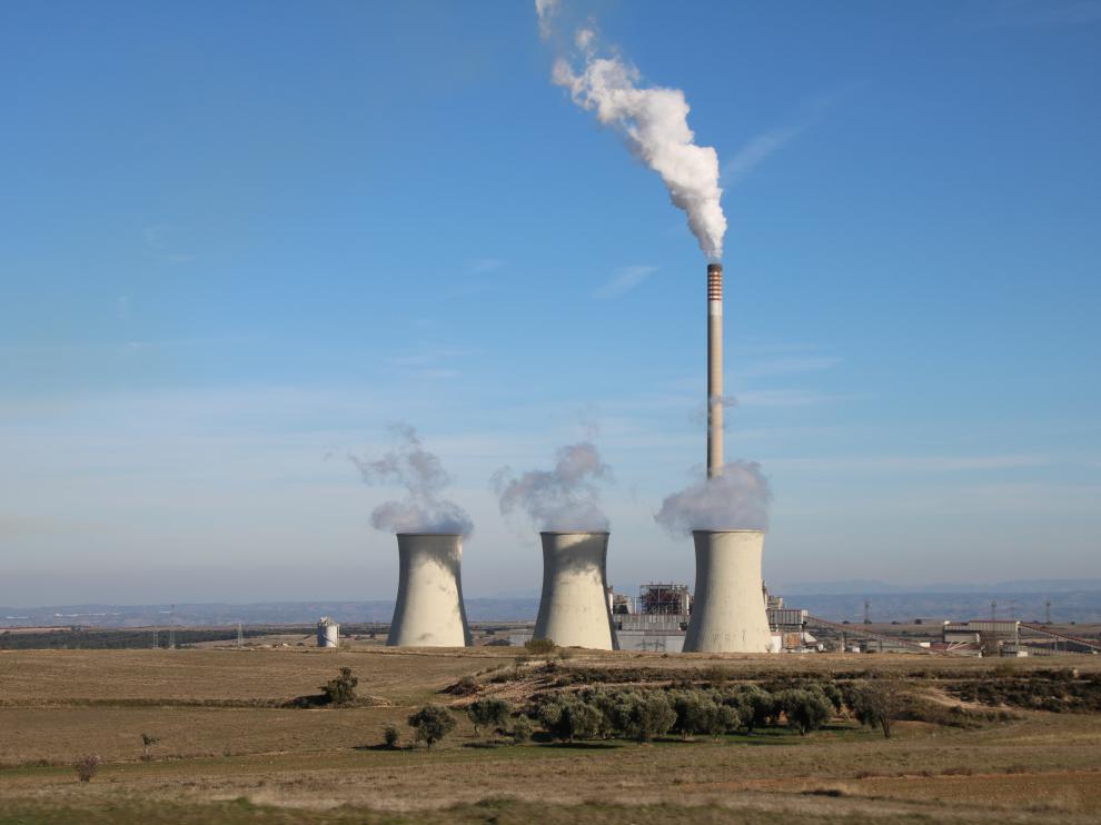 La central térmica de Andorra, dos meses después de que Endesa solicitase su cierre