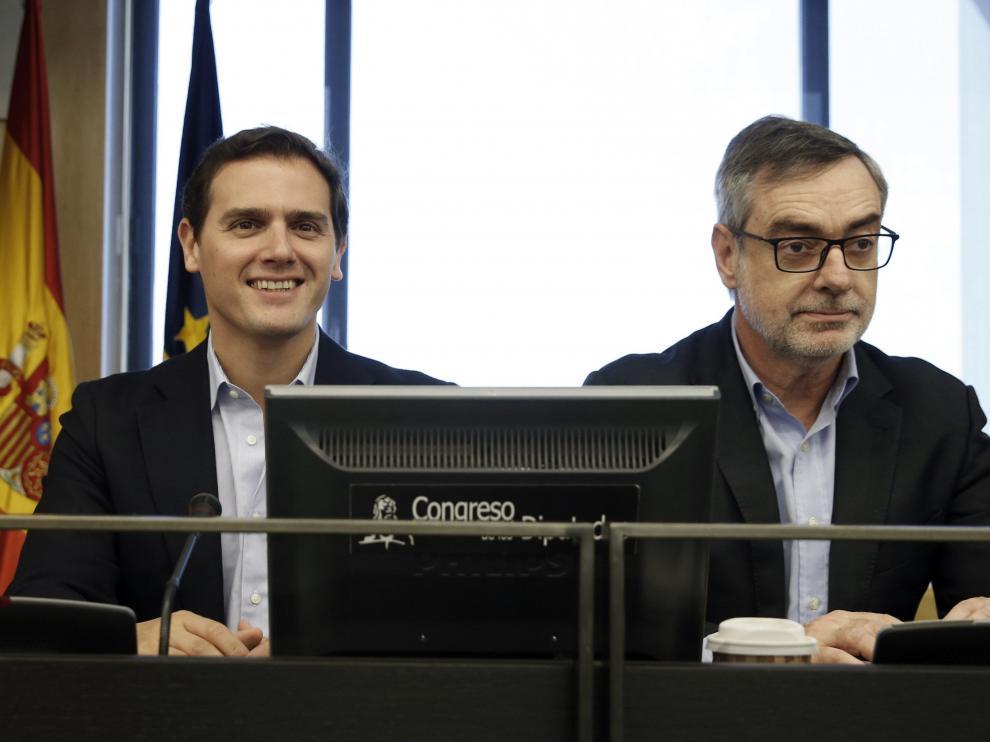 El líder de Cs, Albert Rivera, y el secretario general, José Manuel Villegas.