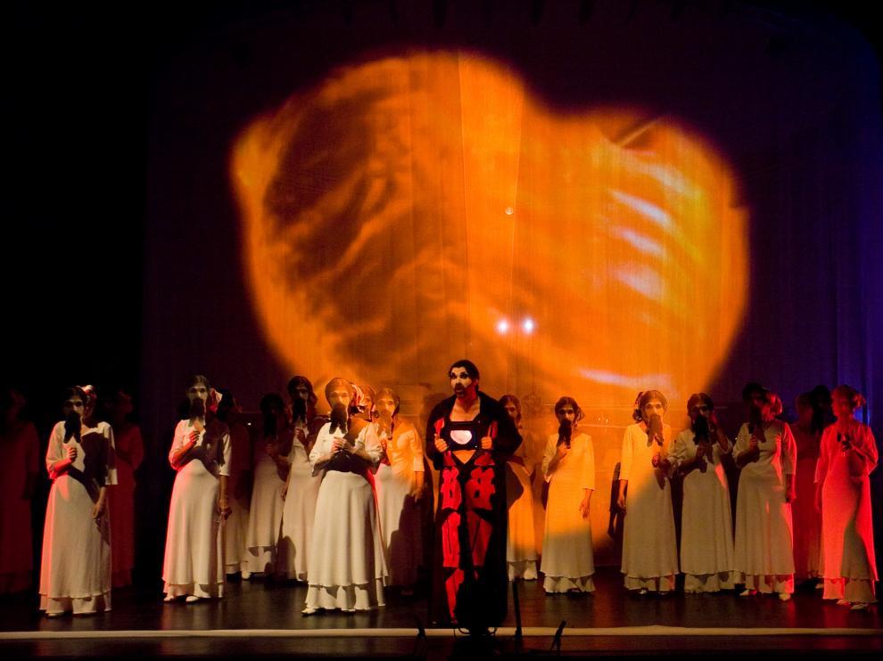 'Carmina Burana' de la Fura dels Baus. Iñigo Ibáñez/Quincena Musical)