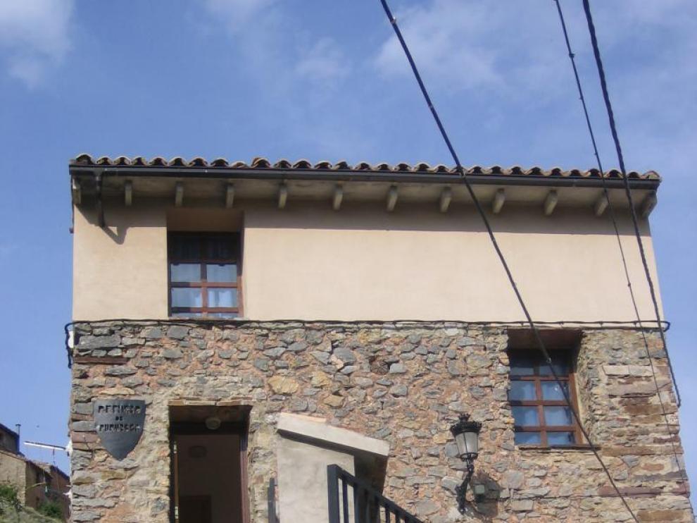 El albergue de San Ramón se sitúa a la entrada de Purujosa.