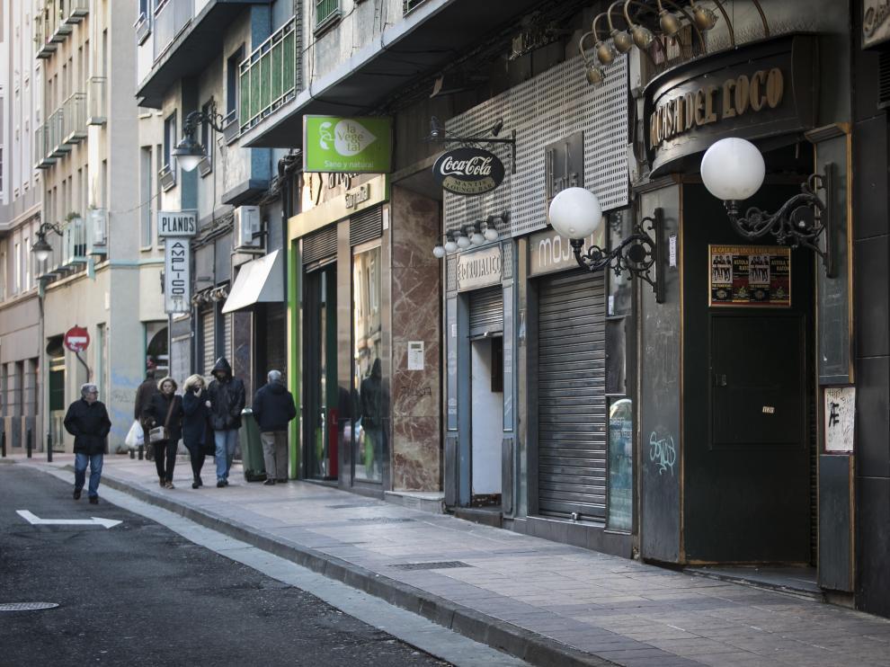 La madrugada del 3 de febrero se produjeron dos graves agresiones en el bar La Casa del Loco de Zaragoza.