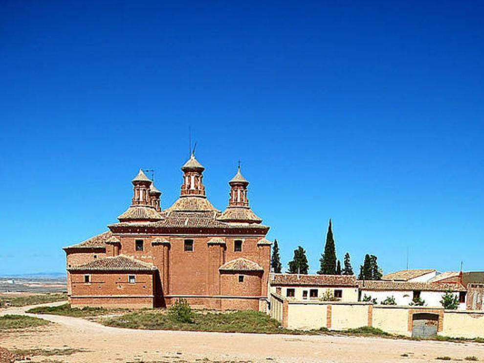Santuario de Nuestra Señora del Pueyo, en Belchite.