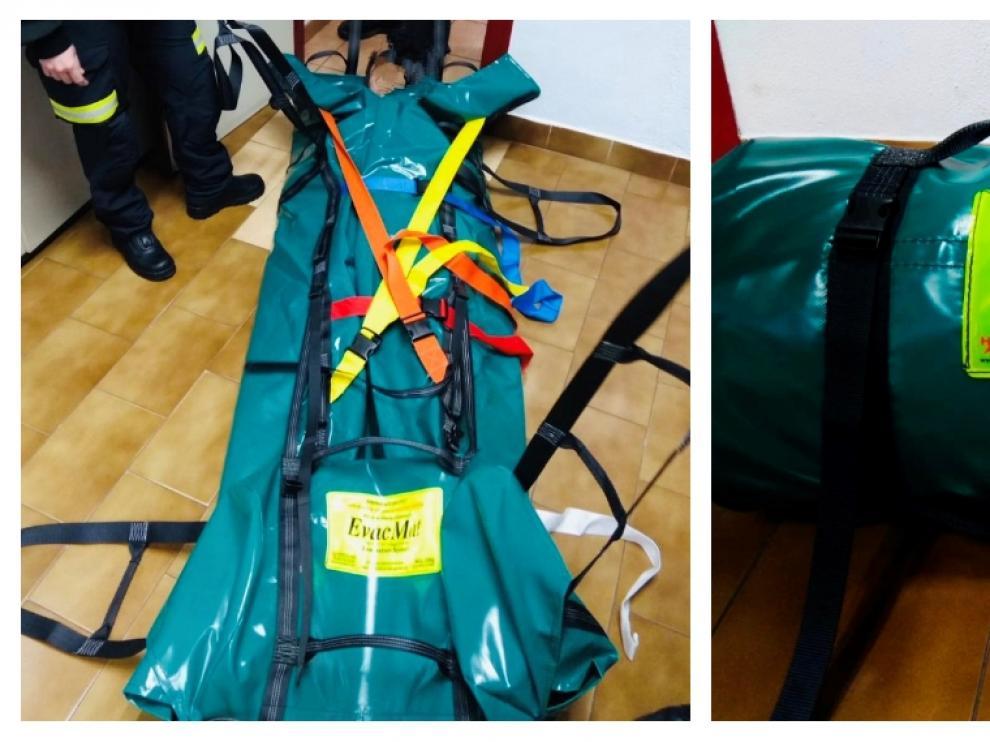 La nueva camilla bariátrica puede ser manejada por seis personas.