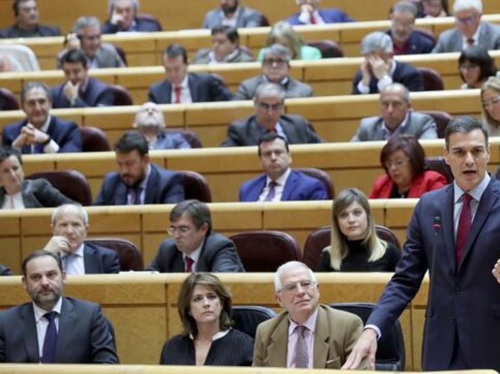 El presidente del Gobierno, Pedro Sánchez, durante su intervención, este martes, en la sesión de control al Gobierno en el Senado, el último pleno de la legislatura.