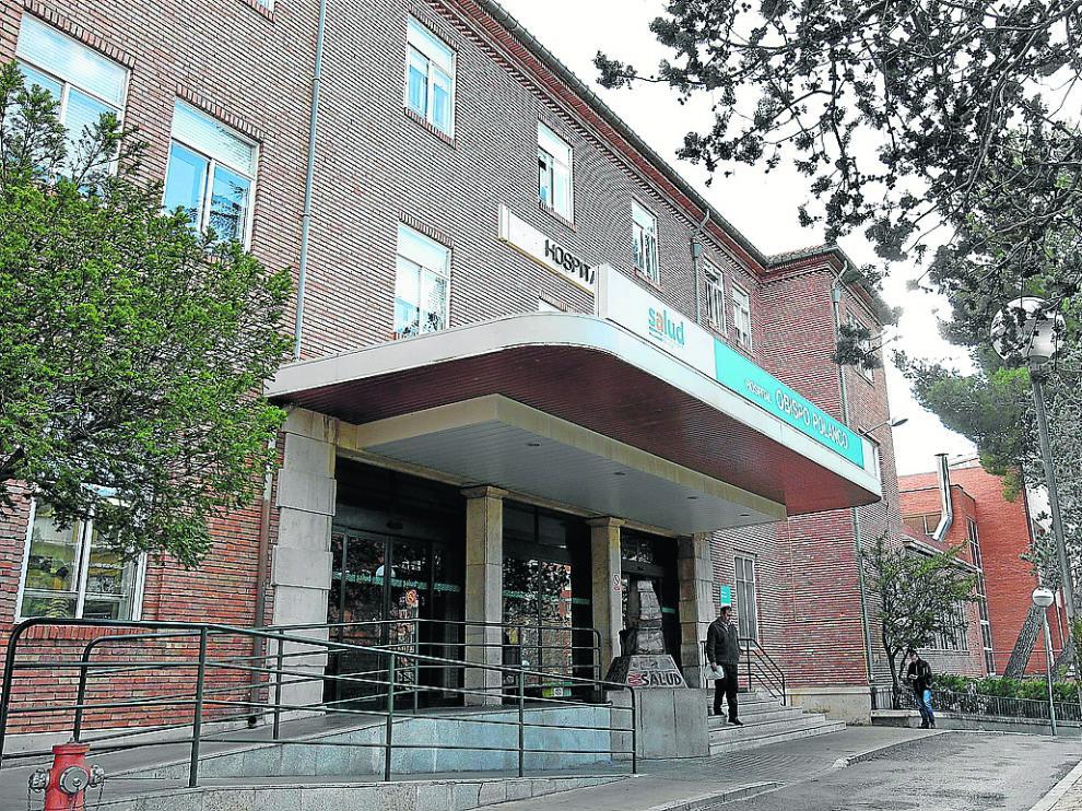 Acceso principal del edificio del hospital Obispo Polanco de la capital turolense.