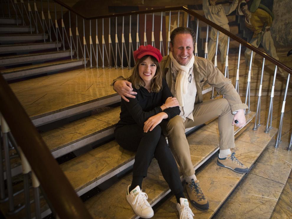 El cineasta Gerardo Olivares y la actriz Susana Abaitua, el jueves en Zaragoza.
