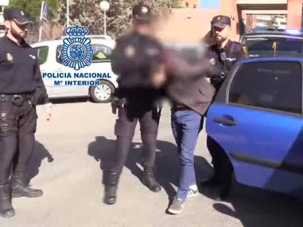 Momento de la detención del acusado de matar y descuartizar a su madre.