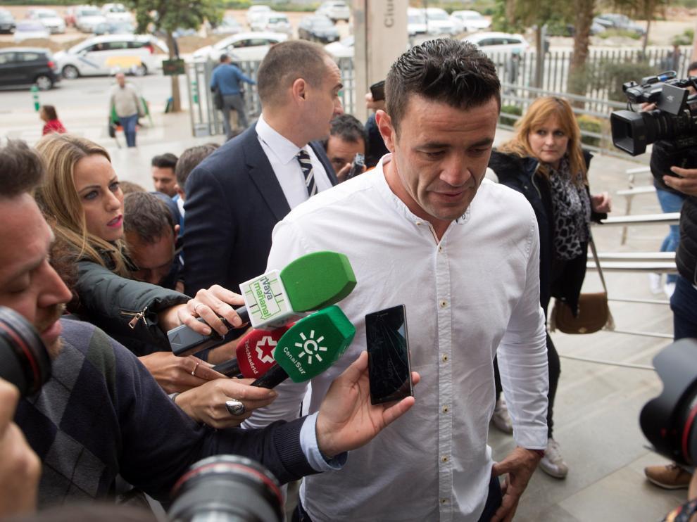 David Serrano Alcaide a su llegada a los juzgados.