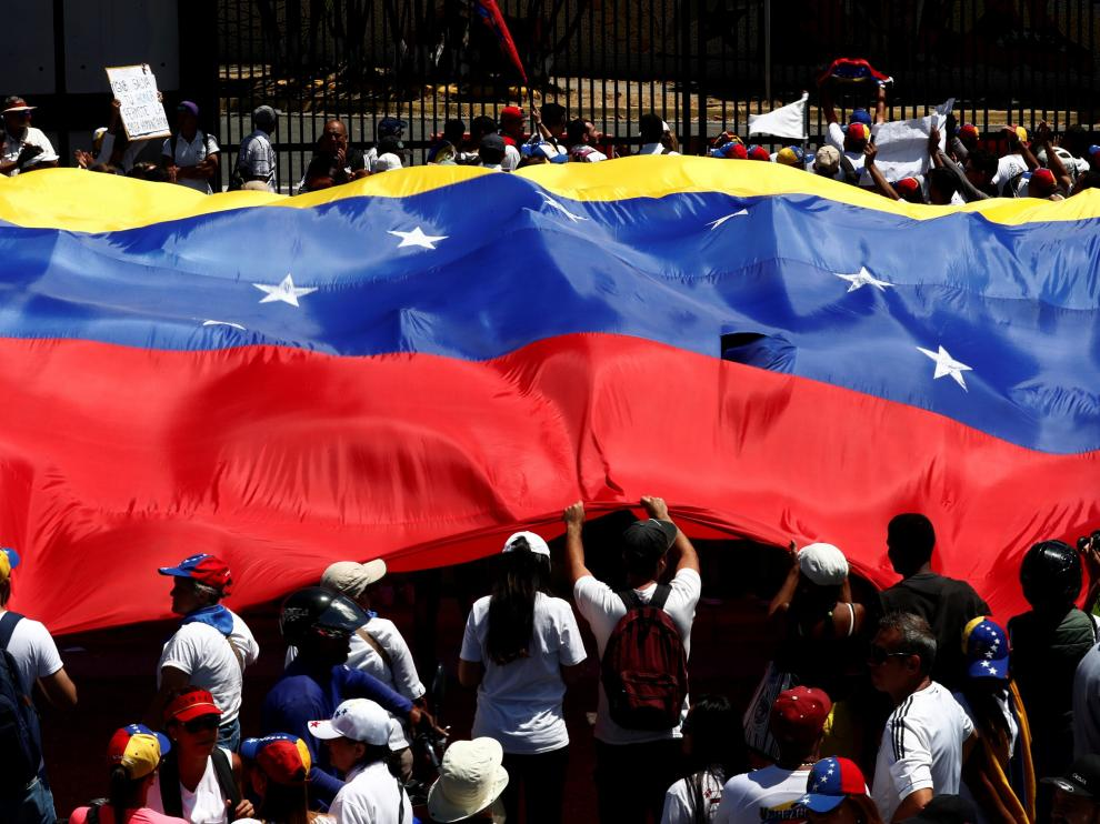 Llegada de la ayuda humanitaria a Venezuela