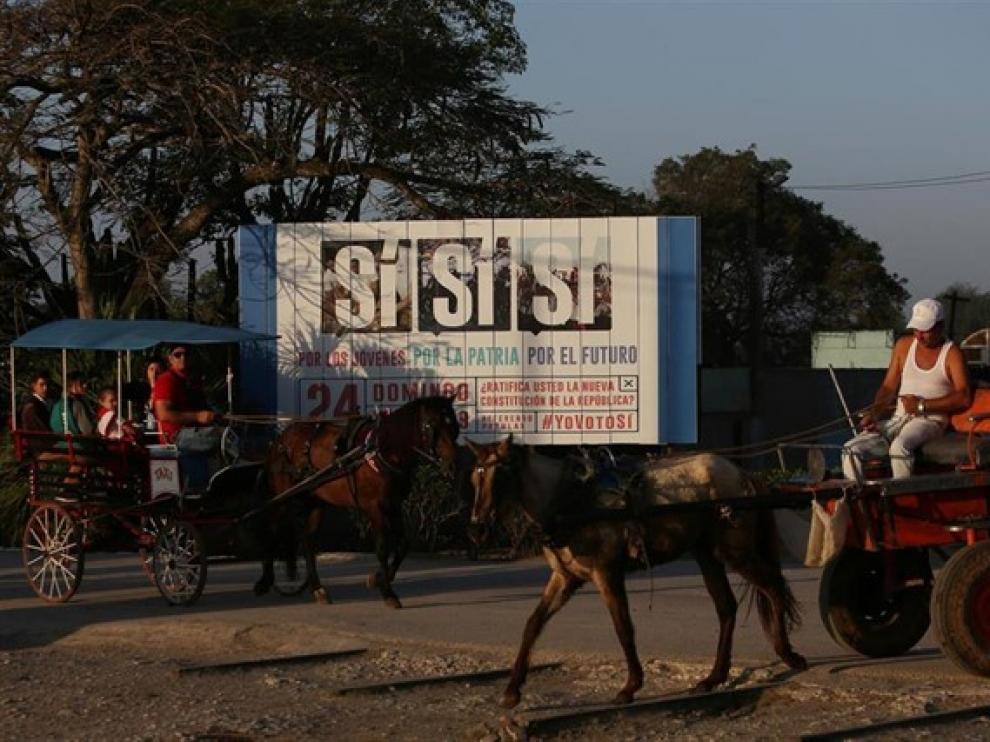 Valla publicitaria Cuba, #YoVotoSí.