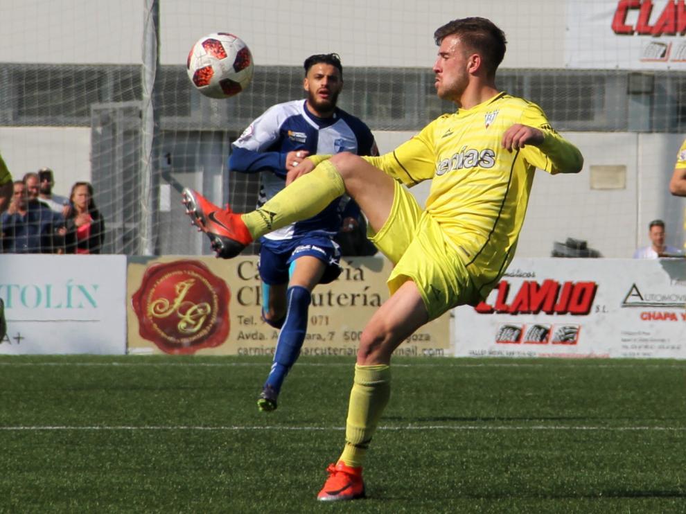 Fútbol. Segunda B- Ebro vs. Ejea.