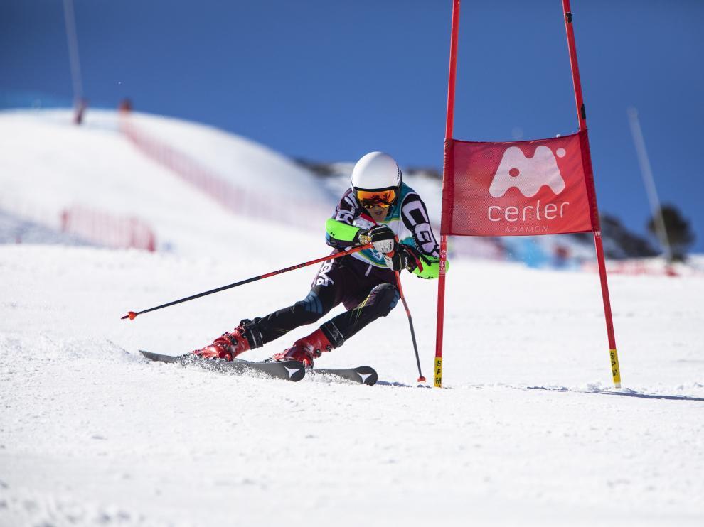 Cerler acogió el GP Aramón de esquí alpino