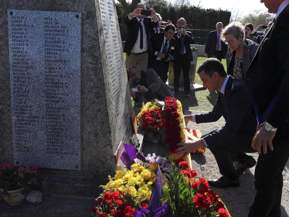 Pedro Sánchez ha rendido homenaje a los españoles exiliados en Francia tras la Guerra Civil.