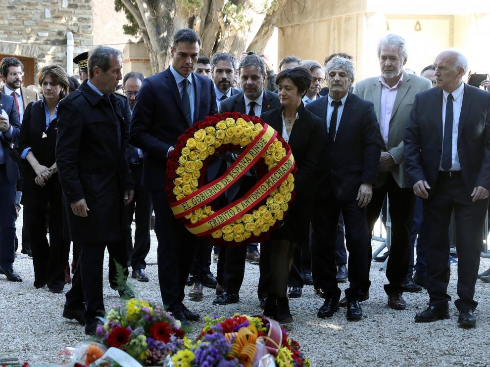 Pedro Sánchez ha visitado este domingo en Francia la tumba de Antonio Machado.