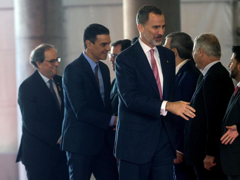 Felipe VI, Pedro Sánchez y Quim Torra durante la inauguración del Mobile World Congress.